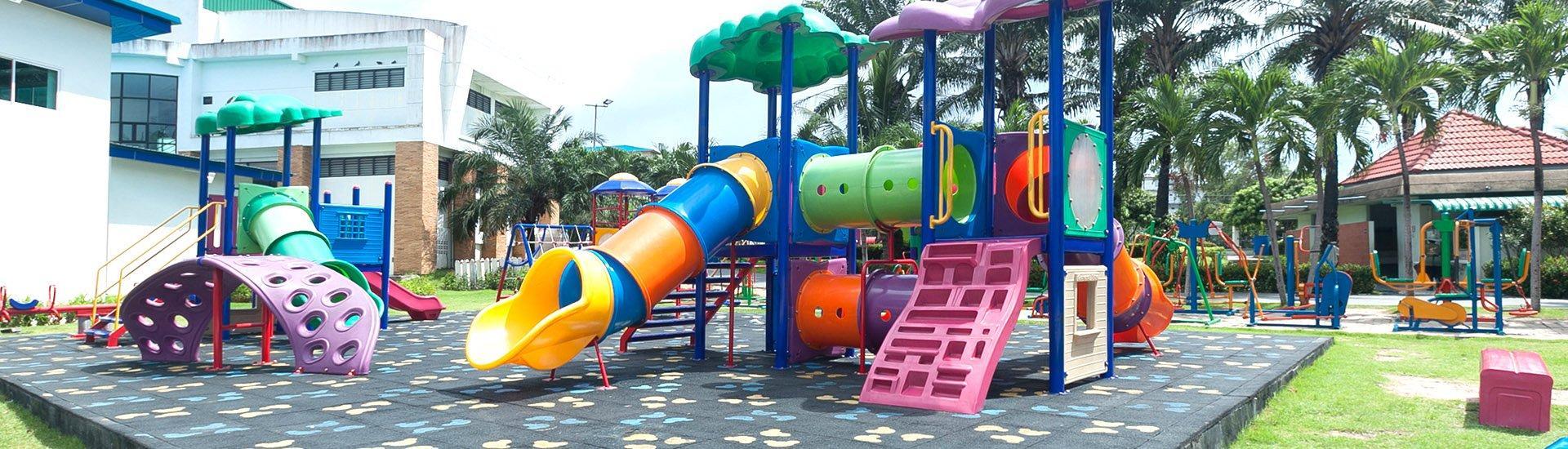 bezpieczny plac zabaw